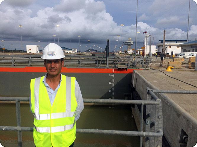 El responsable de la ampliación del Canal de Panamá, ex alumno de la UPCT