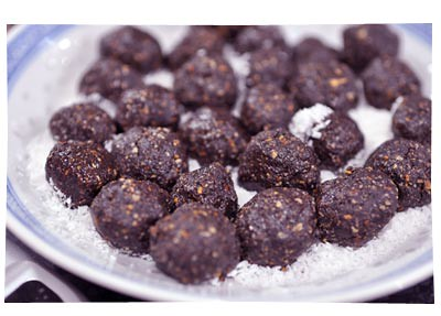 Chocolate Nut Protein Balls