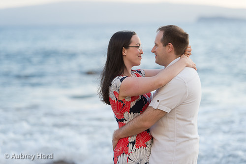 newlywed-photo-session-maui-aubreyhord