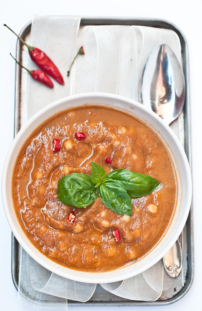 Zuppa di verdure arrostite