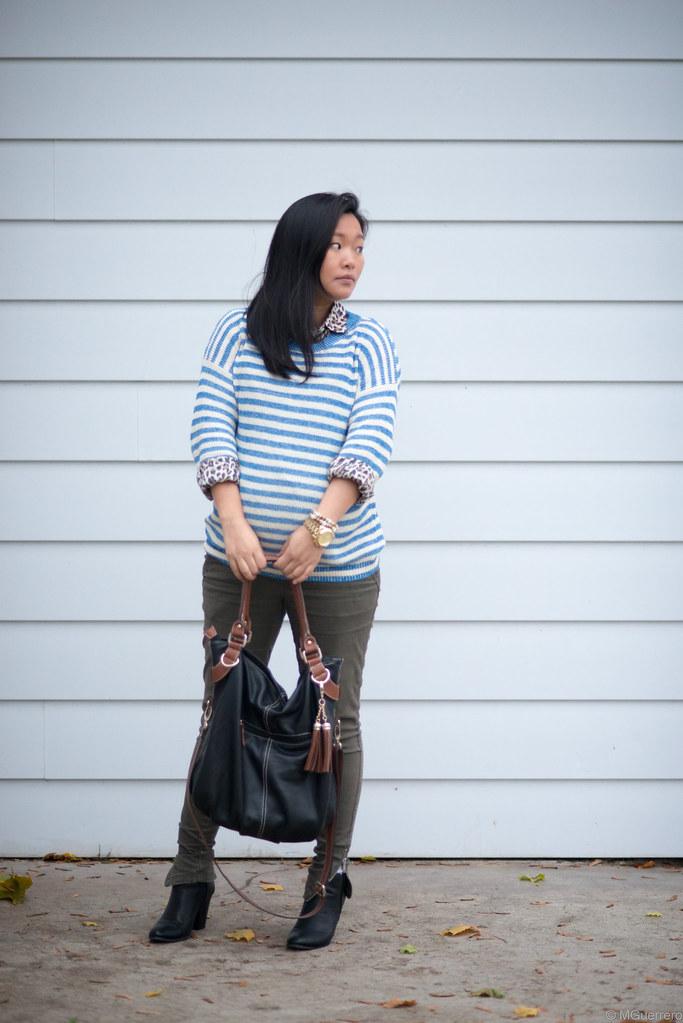 blue striped sweater 002