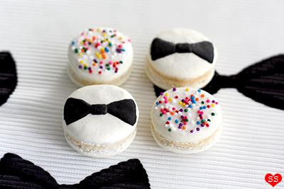 Diamonds for Dessert: Bow Tie Macarons
