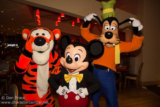 Dinner at Cafe Mickey