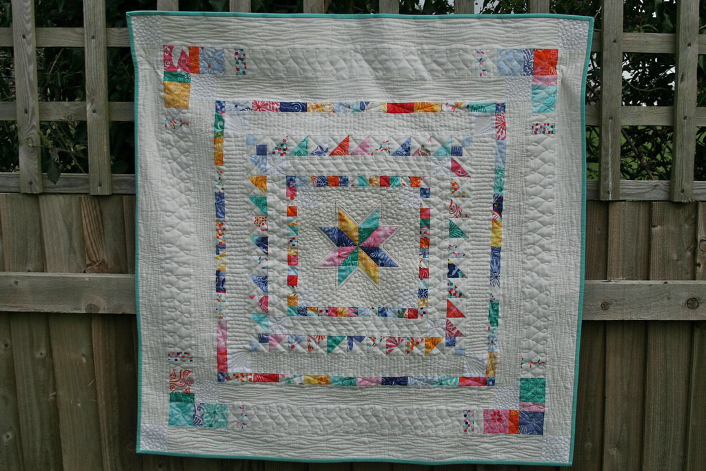 Mini Charm Medallion Quilt by fabricandflowers | Sonia Spence