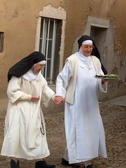 nun, deacon, clergy, clothing, woman, female, person, adult,