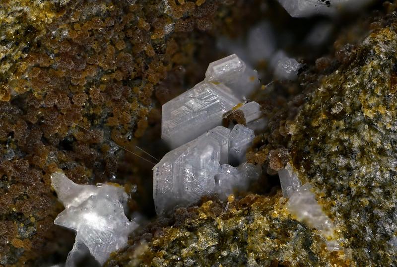 鱗珪石 / Tridymite
