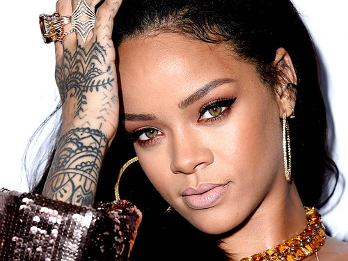 Rihanna Haistyles and Haircuts