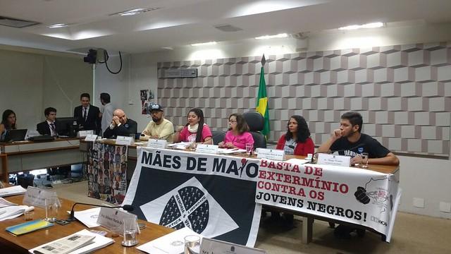 Durante a audiência, os debatedores colocaram em destaque a possível conivência dos operadores do Direito ao lidarem com a questão. - Créditos: Cristiane Sampaio / Brasil de Fato