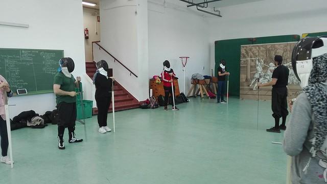 Taller de iniciación a la esgrima con espada larga.
