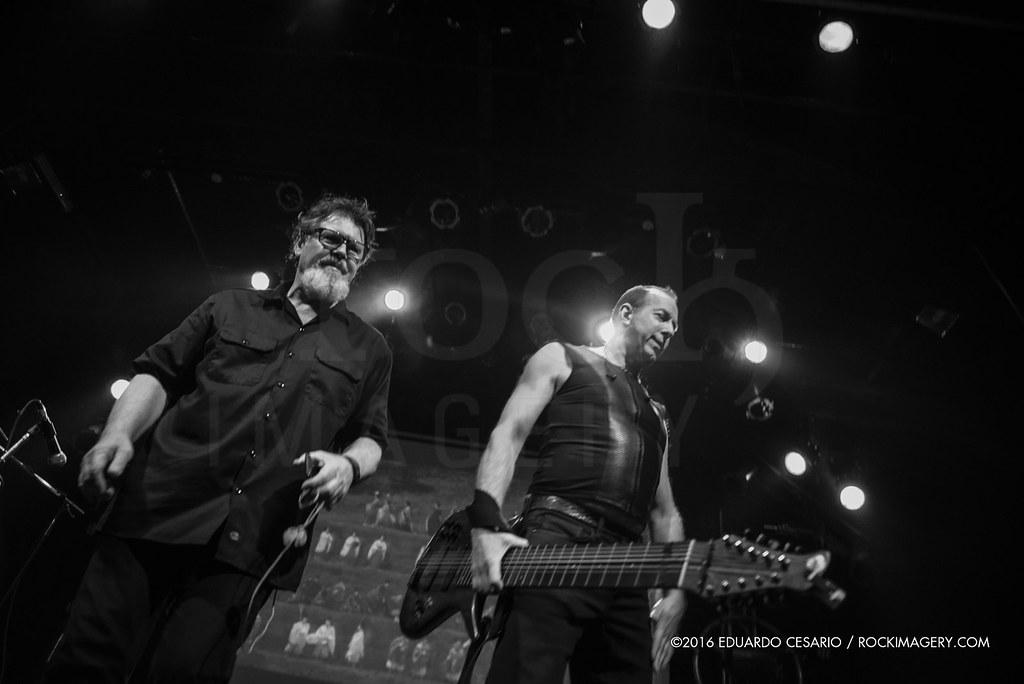 TU (Trey Gunn + Pat Mastelotto)