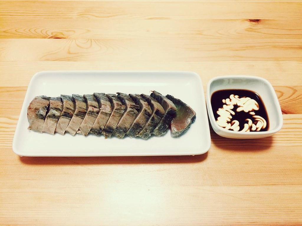 鰹のタタキにマヨネーズ醤油