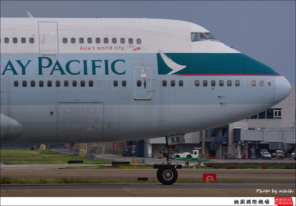 Cathay Pacific Airways B-HKE-006