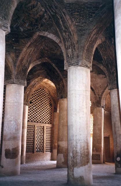Iran ispahan int rieur mosqu e mosque inside tr s for Belle porte interieur