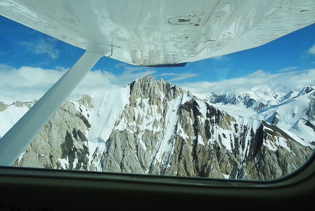 kluane-airplane-view