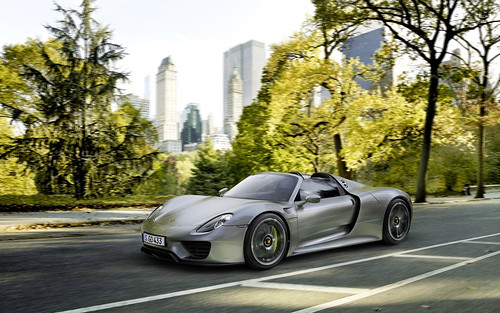 2014 Porsche 918 Spyder Photo Gallery