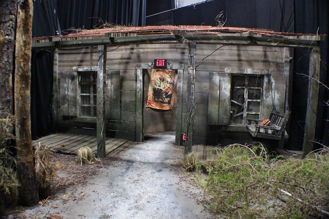 Evil Dead lights-on at Universal Orlando