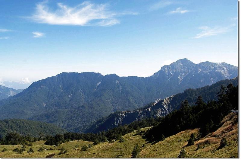 奇萊北與屏風山(From 合歡山莊)