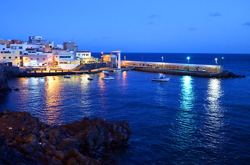 Los Abrigos by Night, Tenerife