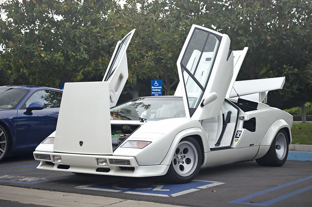 white lamborghini countach flickr photo sharing. Black Bedroom Furniture Sets. Home Design Ideas
