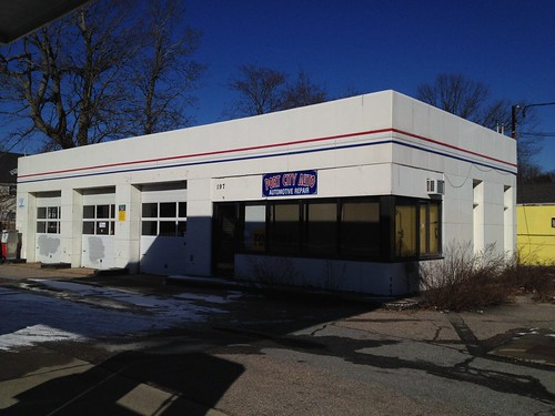 Former Texaco station, New London, CT