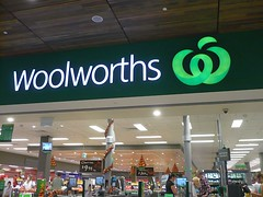 Woolies and eBay join forces to boost spending