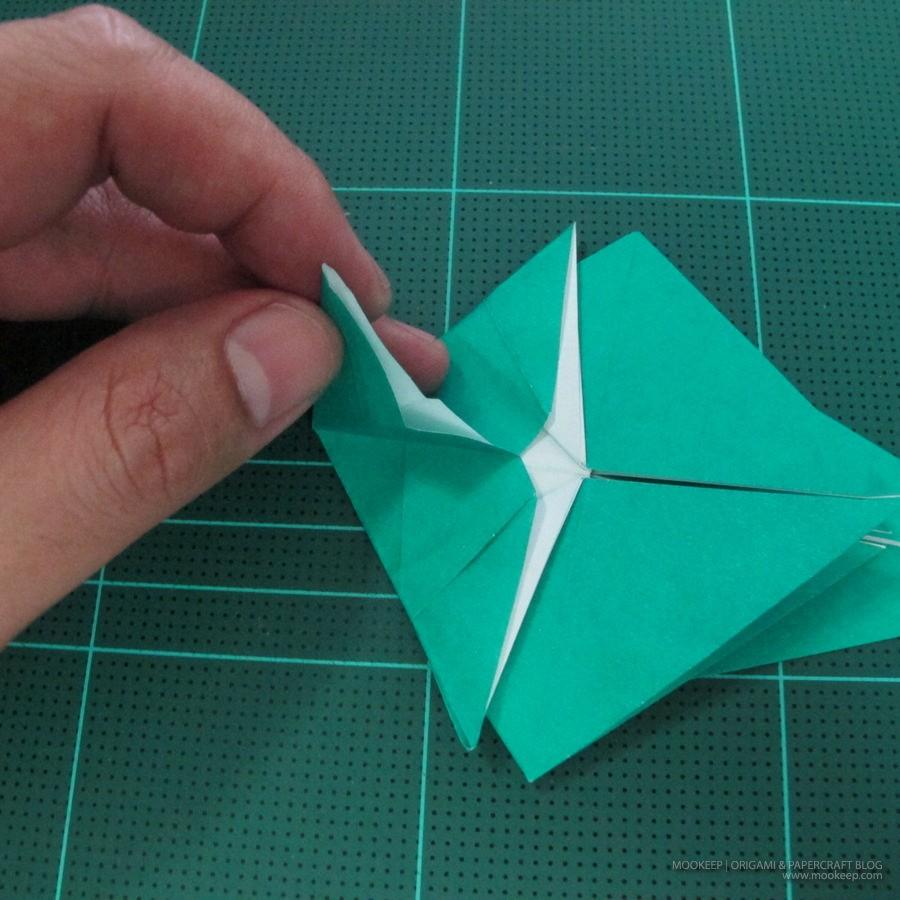 วิธีพับกระดาษเป็นรูปหมู (Origami Pig) 011