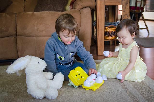 20140420-Easter-at-Grandmas-5009