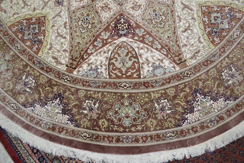 Qum Pure Silk Round Persian Area Rug 200 cm x 200 cm 7x7 (1)