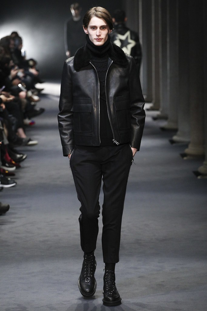 FW15 Milan Neil Barrett032_Jeremy Matos(VOGUE)