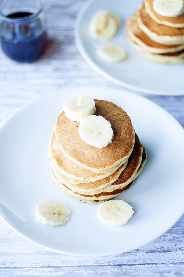 wheat free | dairy free banana nut pancakes #silkbloom @lovemysilk