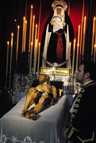 Besapié Cristo Yacente de Santo Entierro