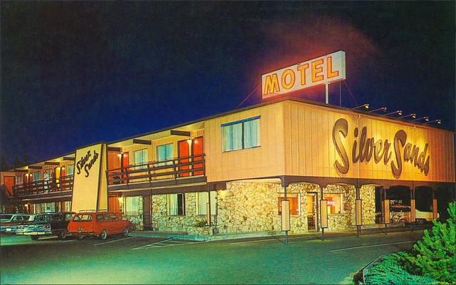 Silver Sands Motel - 1449 U.S. 101, Florence, Oregon U.S.A. - 1960s