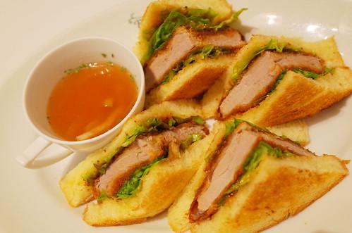 filet cutlet sandwich 02