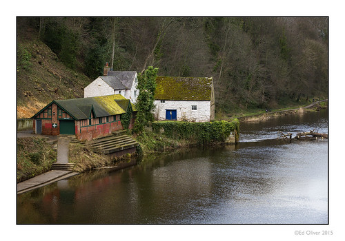uk trees winter buildings durham overcast riverwear boathouse riverbank newcastleupontyne countydurham outbuildings tyneandwear riversidebuildings canonef70200mmf28lisii newcastleupontynenortheast