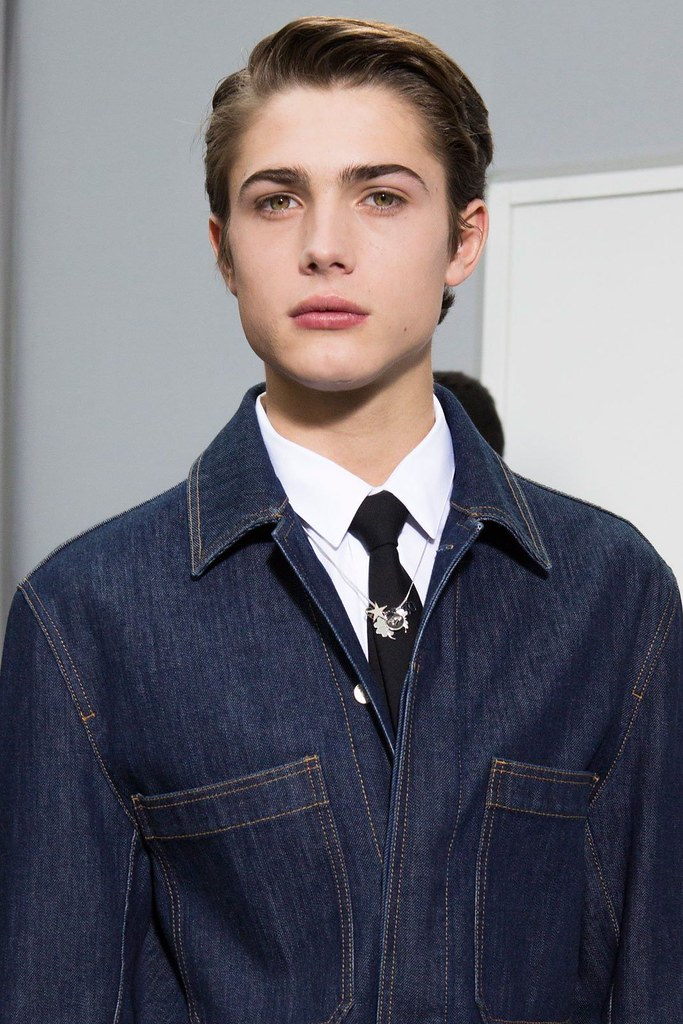 Unknown3007_FW15 Paris Dior Homme(fashionising.com)