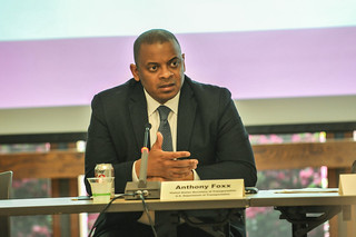 US Transpo Sec Anthony Foxx in Portland-2.jpg