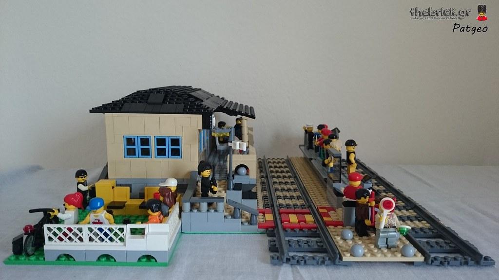 MOC - Train Station 26975255155_2c3dc2eeb0_b