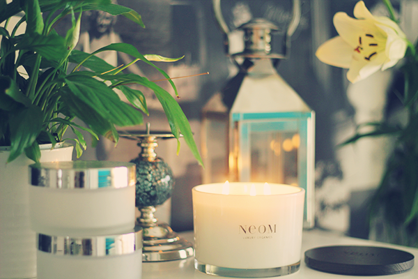neom enchantment candle