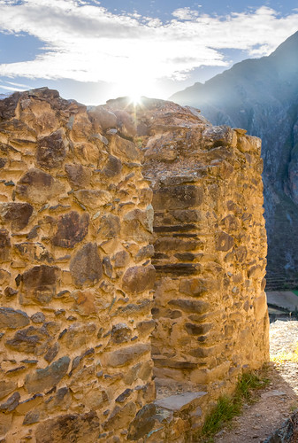sunset favorite mountains peru inca architecture clouds buildings evening ruins cusco inka sunburst ollantaytambo andesmountains pinkuyllunamountaingranaries