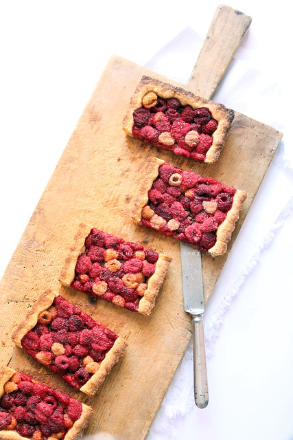 crostatawhitestortamark