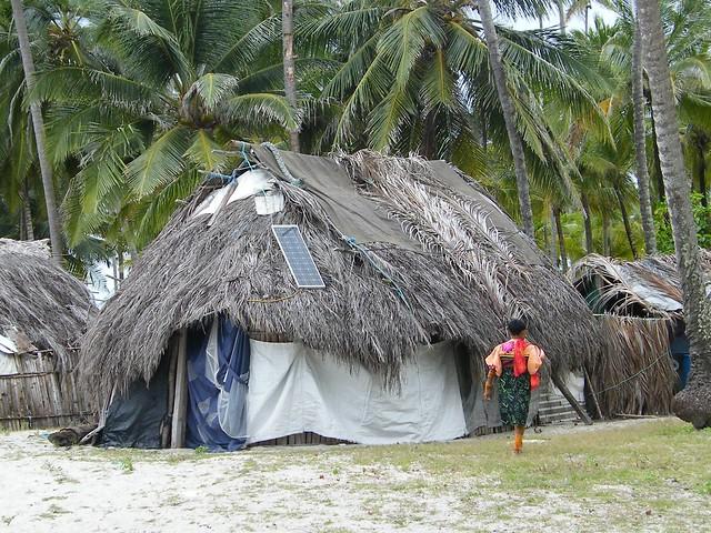 Kuna house with Solar Panel, San Blas