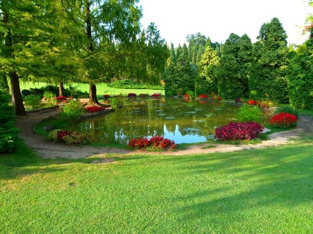 Uno dei 18 romantici laghetti parco giardino sigurt valeggio sul mincio vr agosto - Parco giardino sigurta valeggio sul mincio vr ...