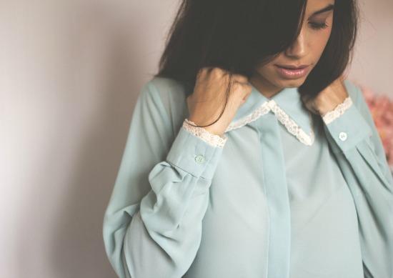biombo-camisa-azul-palido