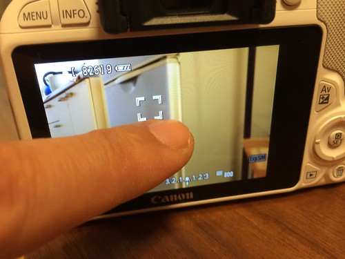 EOS Kiss X7 Touch screen Shutter