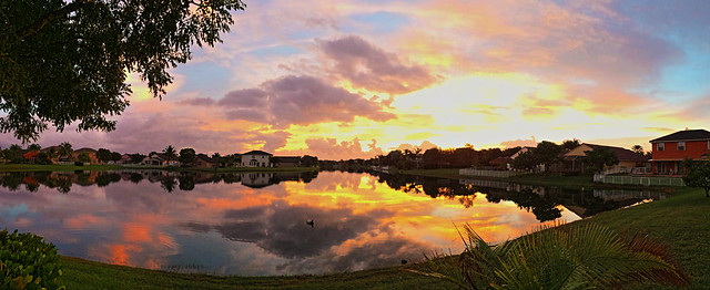Sunrise iPhone pano 20131228