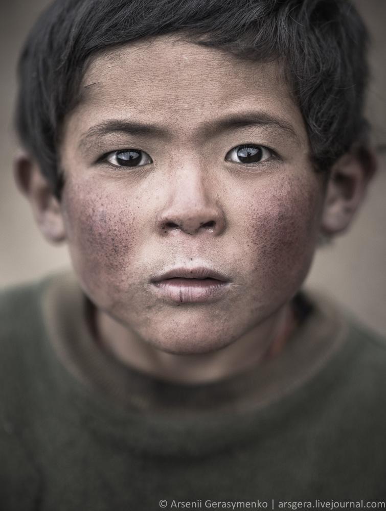 Portrait of Nepalese boy
