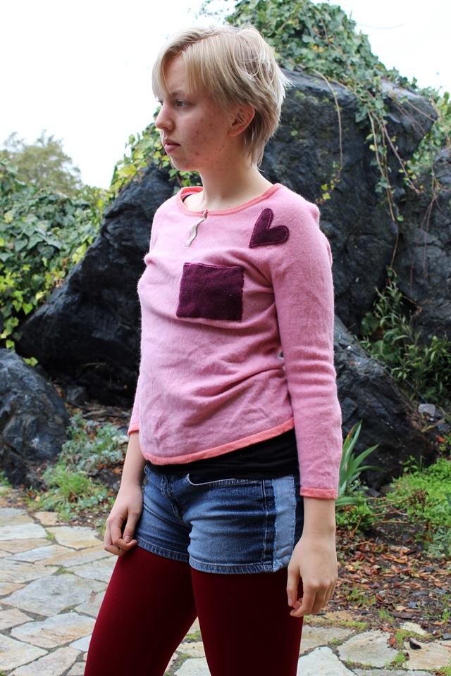 pink cashmere sweater, blue denim shorts, fleece-lined burgundy leggings
