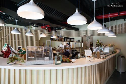The futuristic U-shaped counter bar