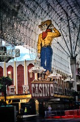 "Las Vegas Nevada ~ Pioneer Casino ~ Cowboy Vegas Vic and his friendly ""Howdy Podner"" greeting. Old Film"