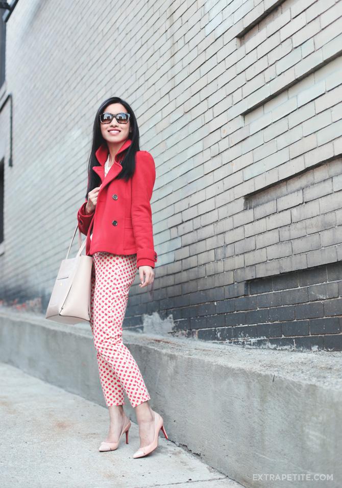 apple pants red coat1
